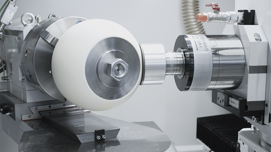 IRD-Internal, external and radius grinding with just one machine
